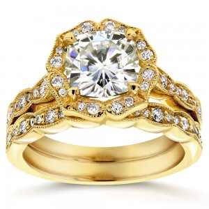 Gold 2 1/6ct TGW Cushion-cut Moissanite and Diamond Floral Antique Bridal Rings Set - Custom Made By Yaffie™