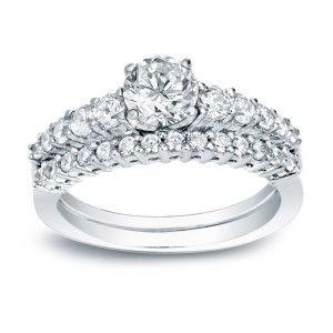 White Gold 1ct TDW Certified Round-cut Diamond Bridal Ring Set - Custom Made By Yaffie™