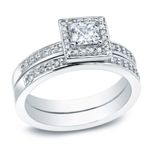 Platinum 1/2ct TDW Certified Princess-cut Diamond Halo Bridal Ring Set - Custom Made By Yaffie™