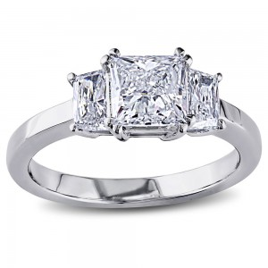 Signature Collection Gold 1 1/2ct TDW Princess Trapezoid Side Stone Certified Diamond Ring - Custom Made By Yaffie™