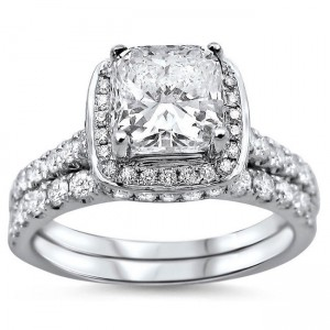 White Gold 1 3/5ct Cushion-cut Diamond Clarity Enhanced Bridal Ring Set - Custom Made By Yaffie™