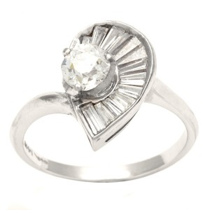 Pre-owned White Gold 4/5ct TDW Diamond Ballerina Estate Ring - Custom Made By Yaffie™