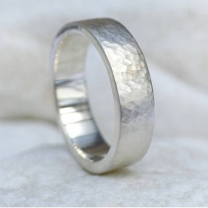 Personalised Mens Hammered Ring, Or - Custom Made By Yaffie™