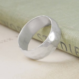 Personalised Mens Hammered Ring - Custom Made By Yaffie™